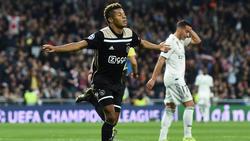 Der FC Bayern hat anscheinend ein Auge auf David Neres geworfen