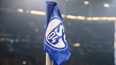 Der FC Schalke 04 buhlt neben Gladbach wohl um Jesurun Rak-Sakyi