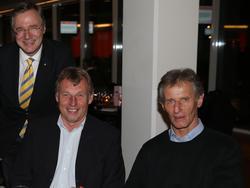 Hubert Baumgartner (rechts) bei einem Länderspiel mit Spezi Karl Daxbacher und SKN-Boss Gottfried Tröstl