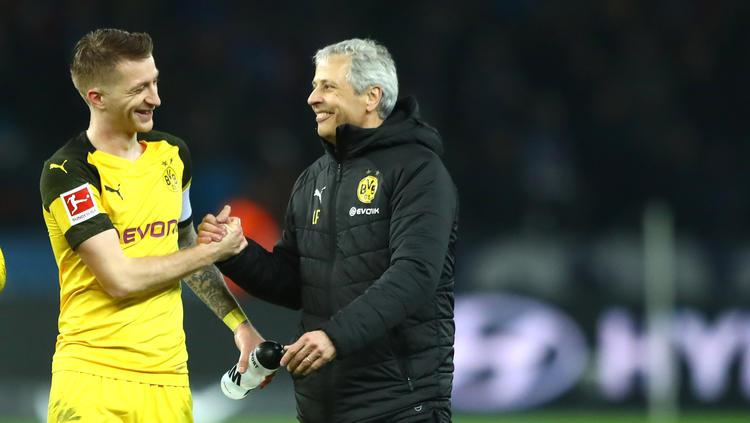 BVB-Kapitän Marco Reus (l.) und Lucien Favre schätzen sich sehr