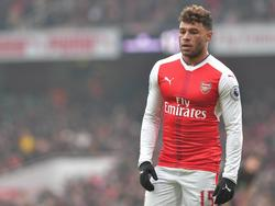 Arsène Wenger contaba con Oxlaide-Chamberlain en su once titular. (Foto: Getty)