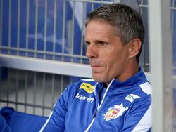 Acht Tage nachdem die FIFA den SKN informierte, saß Kühbauer das letzte Mal in St. Pölten auf der Bank