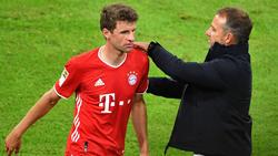 Thomas Müller (l.) vom FC Bayern soll den Kopf frei bekommen