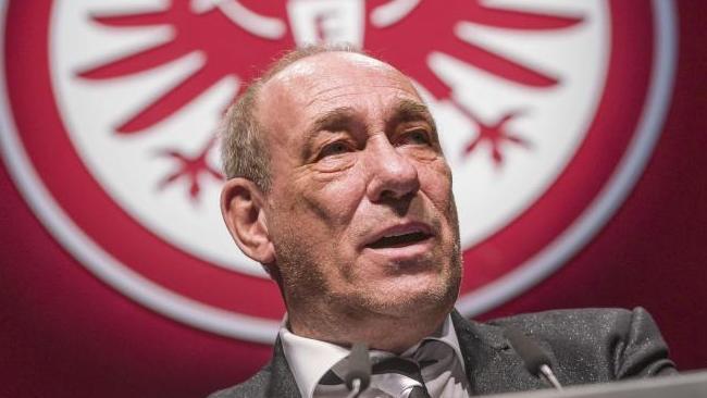 Peter Fischer von Eintracht Frankfurt engagiert sich gegen rechts