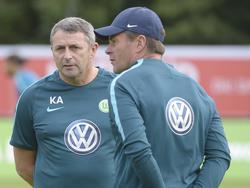 Klaus Allofs (l.) möchte den VfL gern schnell wieder in die Erfolgsspur zurückführen