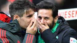 Claudio Pizarro (re.) will mit Werder nach Europa