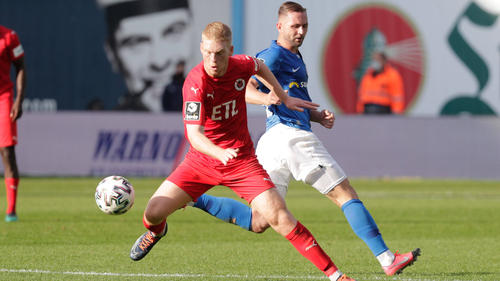 Viktoria Köln fing sich in Rostock fünf Gegentore