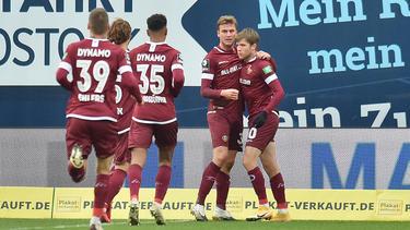 Dynamo Dresden freut sich über drei Punkte
