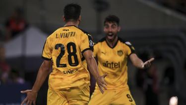 Viatri abrió el marcador de penalti. (Foto: Getty)