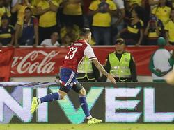 Sanabria marca y lo celebra ante la decepción de los colombianos. (Foto: Imago)