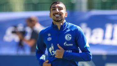 Schalke 04 hat den Vertrag mit Nassim Boujellab verlängert und ihn an den FC Ingolstadt verliehen