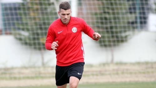 Podolski und sein neuer Klub holten Big Points