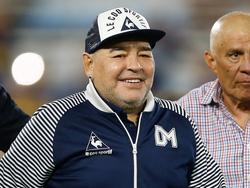 Diego Maradona seguirá en el mismo club.