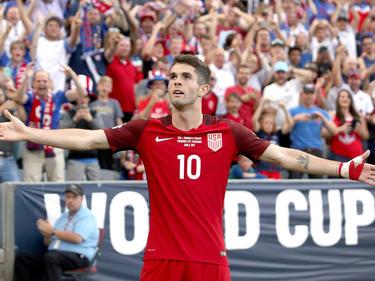 Christian Pulisic celebra uno de sus goles con Estados Unidos. (Foto: Getty)
