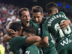 El Betis celebra el gol en el minuto 94. (Foto: Getty)