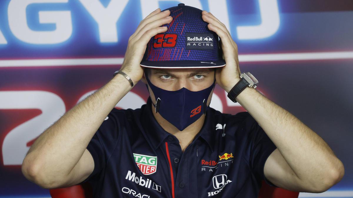 Max Verstappen stört sich weiterhin daran, wie Hamilton nach dem Crash gefeiert hat