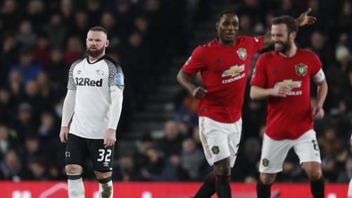 Manchester United setzte sich gegen Derby County durch
