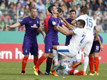 El partido fue de alta tensión. (Foto: Getty)