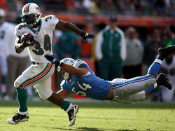 Ricky Williams, DeAndre Levy