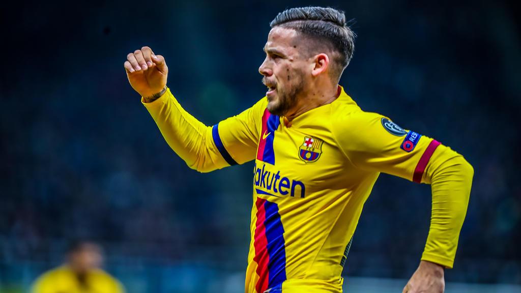 Sind der BVB und der FC Bayern an Carles Pérez interessiert?