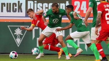 Wolfsburg und Leverkusen rieben sich in vielen Zweikämpfen auf