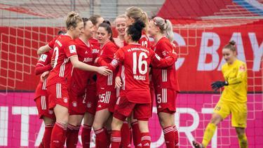 Die Bayern und Trainer Jens Scheuer eilen weiter von Sieg zu Sieg