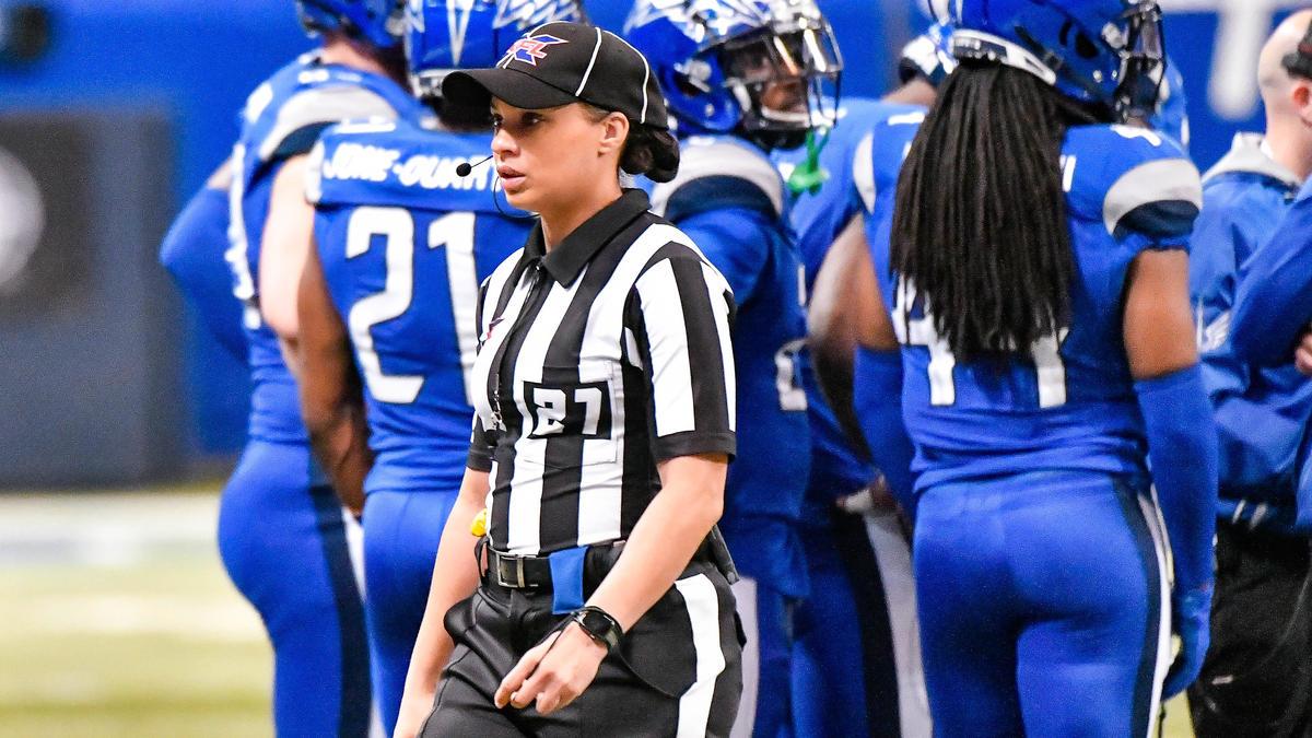 Maia Chaka schreibt NFL-Geschichte