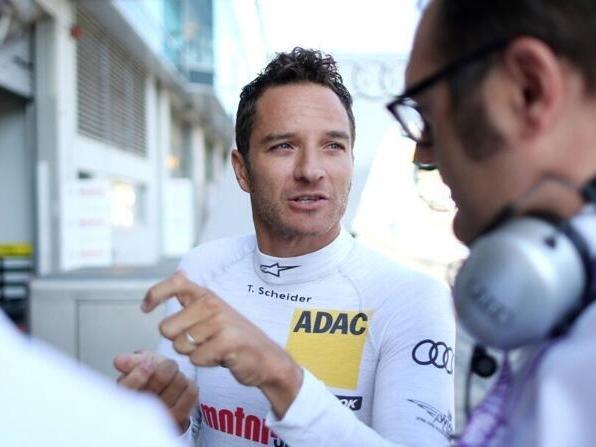 Der zweimalige Champion Timo Scheider gibt seine DTM-Comebackpläne nicht auf