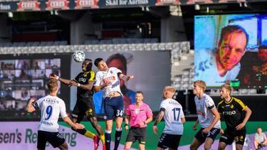 In Dänemark konnten sich Fans via Zoom ins Stadion schalten