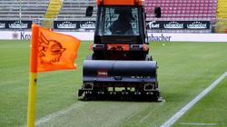 Der Platz des 1. FC Kaiserslautern war nicht bespielbar