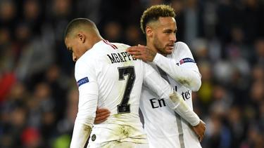 Mbappé und Neymar (r.) wurden zuletzt mit möglichen Vereinswechseln in Verbindung gebracht