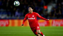 Könnte schon bald auf der Insel spielen: RB-Salzburg-Stürmer Takumi Minamino