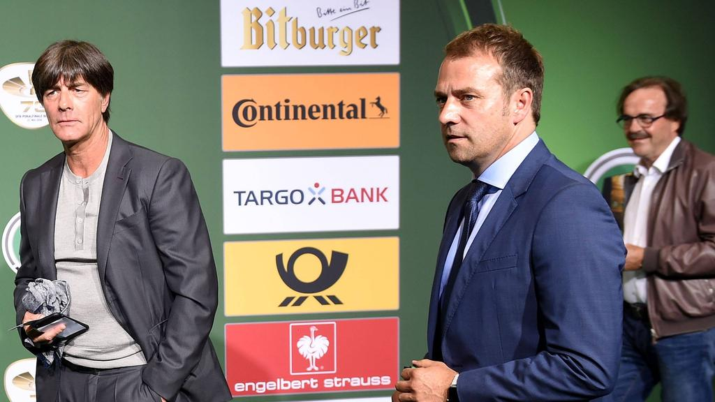 Hansi Flick (re.) war lange Zeit Co-Trainer in der Nationalmannschaft
