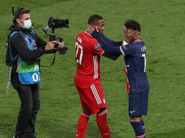 Superstars unter sich: David Alaba und Neymar