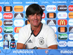 Joachim Löw lobt das deutsche Olympiateam