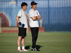 Japans Trainer Akira Nishino will mit seiner Mannschaft Favorit Belgien aus dem Turnier werfen