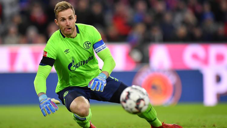 Ralf Fährmann steht für den FC Schalke gegen ManCity im Tor