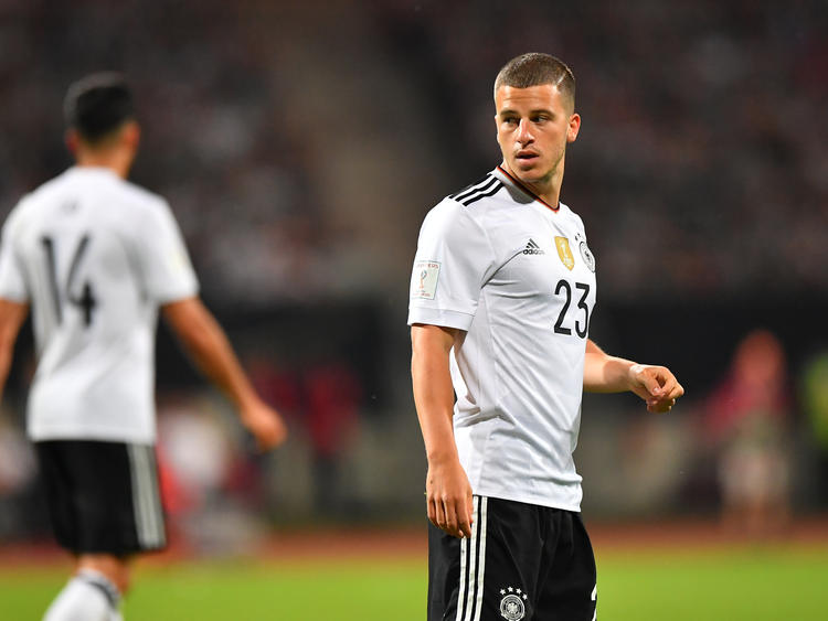 Diego Demme con la camiseta de Alemania.