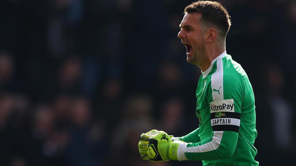 Premier League » News » Aston Villa sign Tom Heaton from Burnley
