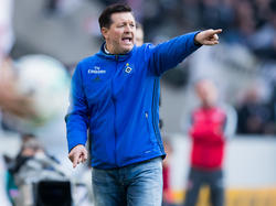 Kämpft mit dem HSV weiter gegen den Abstieg: Hamburgs Trainer Christian Titz
