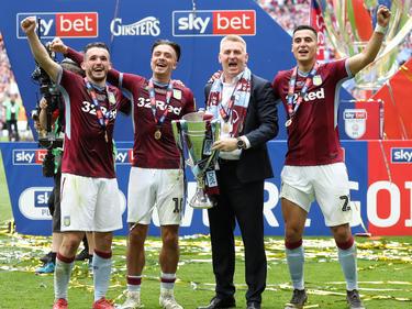El Aston Villa celebra el título de la Segunda División inglesa. (Foto: Getty)