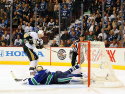 Pittsburgh Penguins vs Vancouver Canucks