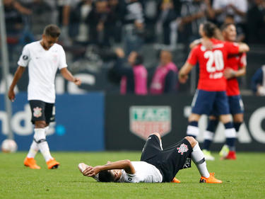Corinthians sigue líder del Grupo 7 a pesar de perder en casa con Independiente. (Foto: Getty)