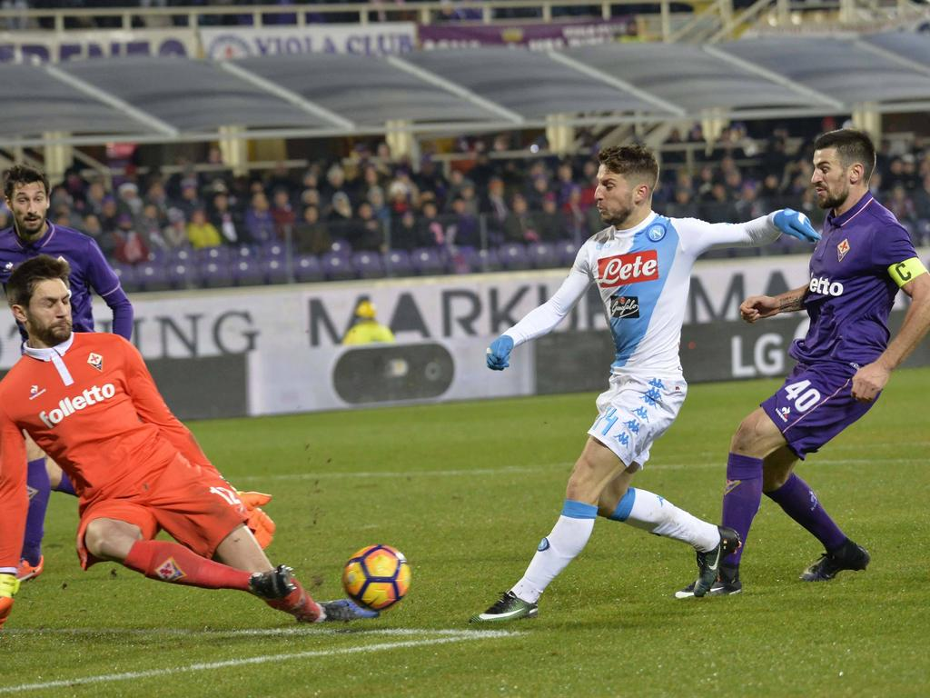Dries Mertens (Mitte) traf auch gegen die Fiorentina