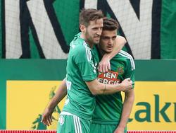 Christoph Schösswendter (l.) ist bei Dynamo Dresden im Gespräch