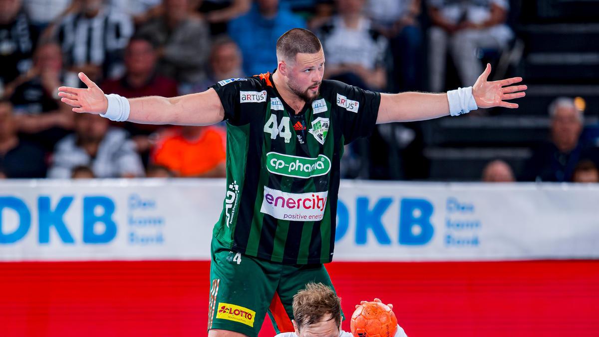 Hannovers Ilija Brozovic verlängerte seinen Vertrag