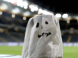 Die deutsche Bundesliga startet mit Geisterspielen
