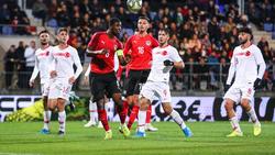 Ravil Tagir (2.v.l.) steht beim BVB und RB Leipzig auf dem Zettel