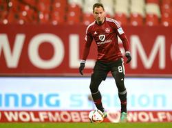 Jan Polák fällt wegen Rückenproblemen aus