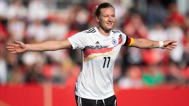 Alexandra Popp traf dreifach für die DFB-Frauen